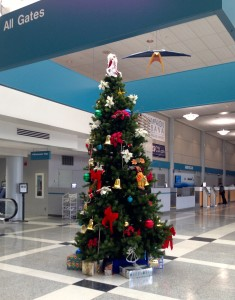 Christmas Tree@airport, Champaign, Dec.18, 2015